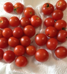 washed cherry tomatoes