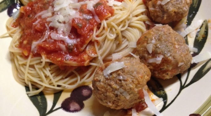Fresh Tomato Sauce with Meatballs